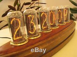 Deluxe Admiral Monjibox Nixie Horloge In18 Tubes Anneaux En Laiton