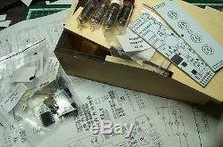 Horloge Nixie Tube Kit Diy 2.3 Avec Des Tubes In-16 Dans Une Boîte En Bois