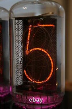 Horloge Tube Nixie Avec Les Plus Grands Tubes Rft Z568m Très Grands Et Beaux Tubes Look