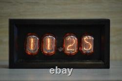 In-12 Boîte Rétro Vintage Nixie Tube Horloge. Noix De Table Fabriquée À La Main
