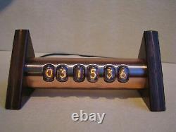 Nixie Clock Tobleron Monjibox In17 Tubes Vintage Boîtier En Cuivre Steampunk