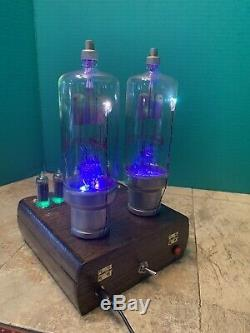 Nixie Horloge In-14 Tube. Steampunk. Lighted Rvbs Towers De Changer De Couleur