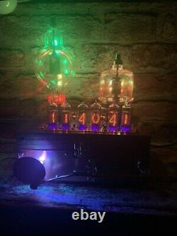 Nixie Horloge In-14 Tube. Un Steampunk. Eimac 4-125 + Th100 Tube. Le Lecteur De Piston Fait À La Main
