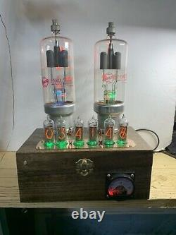 Nixie In-14 Tube Steampunk Horloge. 2 Eimac 2-150d, 24 Rgbs. Couleurs En Constante Évolution