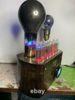 Nixie In-14 Tube Steampunk Horloge. 2 Tubes De Tungar Très Anciens, Ammeter Rgb Lit