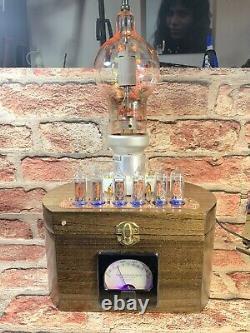 Nixie In-14 Tube Steampunk Horloge. Eimac 250th 14 Rgbs. Changements De Couleurs