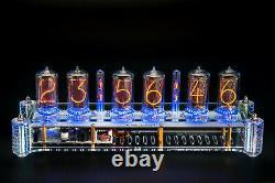 Nixie Tubes Clock Sur Z5660m Dans Le Grand Boîtier Acrylique Avec Colonnes Machine À Sous 12/24h