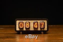 Nixie-tube-horloge-in-12-vintage-retro-table-horloge-parfait Looks