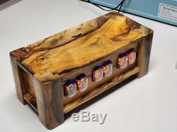 Pistache Dans 12 Nixie Tube Clock- Exécutions Wifi De Commande Activé