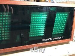 Rare Vintage Vfd Nixie Tube Électronique En Bois Horloge Murale Elektronika 7-06k Urss
